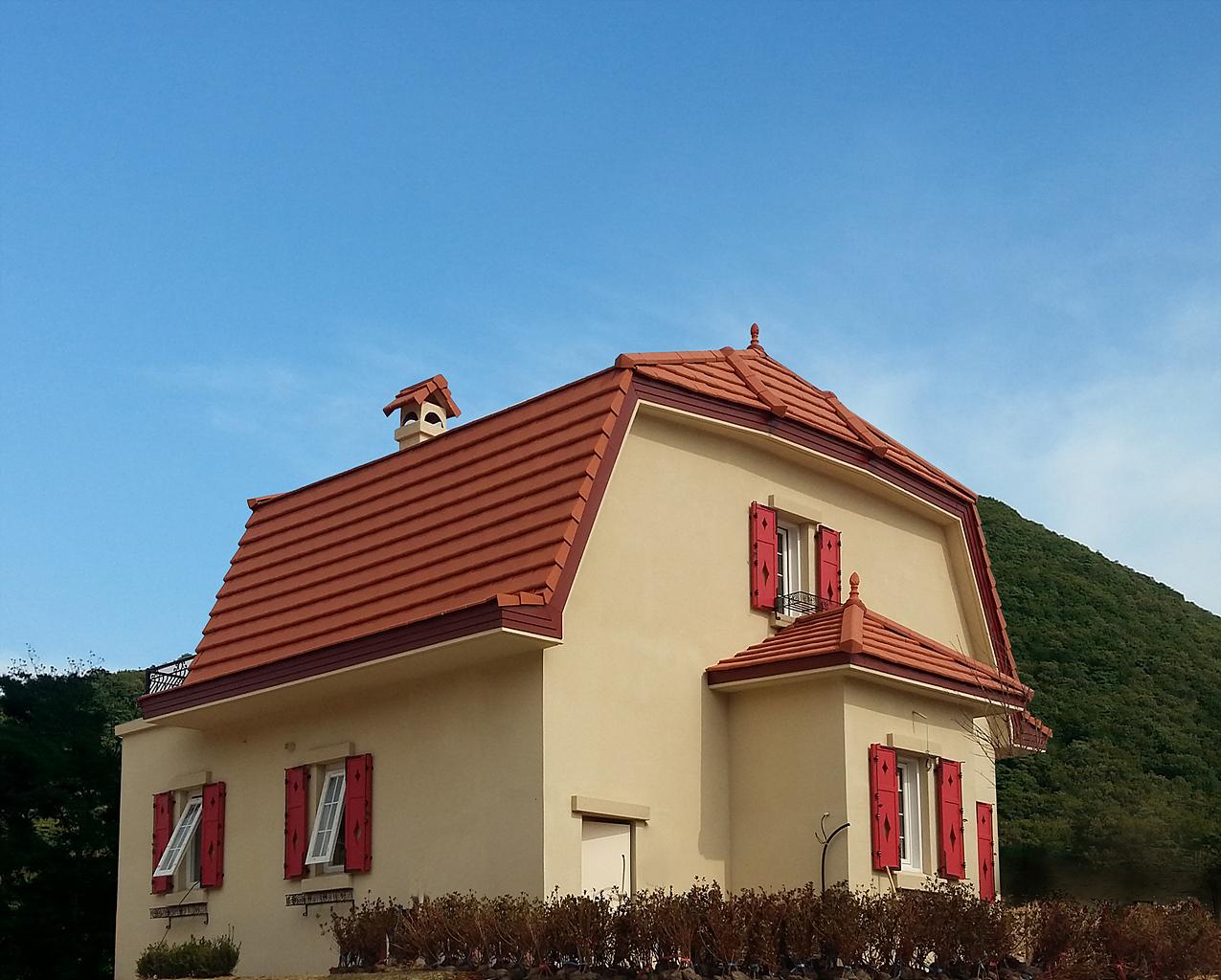 YP Swiss Village (1)